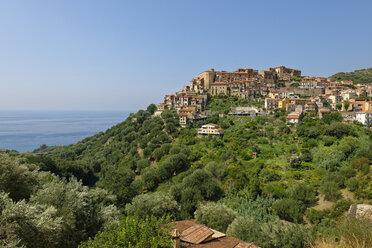 Italy, Campania, Province of Salerno, Cilento National Park, mountain village Pisciotta - LBF01603
