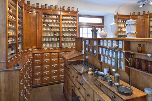 Germany, Radolfzell, salesroom of historical pharmacy at municipal museum - SHF01954
