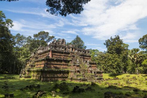 Cambodia, Siem Reap, Angkor, Phimeanakas temple - SJF00196