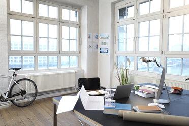 Interior of a modern informal office - FKF02195