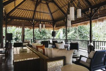 Indonesia, Bali, hotel lobby - JUBF00211