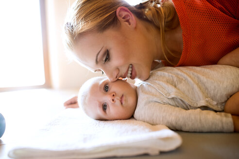 Happy mother with baby at home - HAPF01379