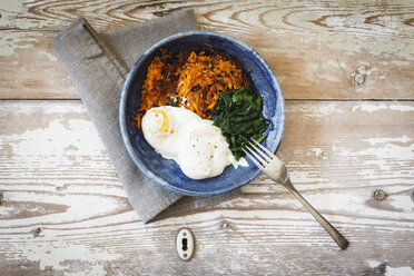 Sweet potato fritters with spinach and poached eggs - EVGF03198