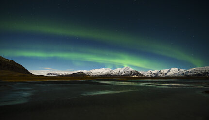 Iceland, Northen lights at night - RAEF01795