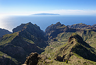 Spain, Canary islands, Tenerife, Teno mountains, Masca and Barranco de Masca as seen from Pico Verde - SIEF07392