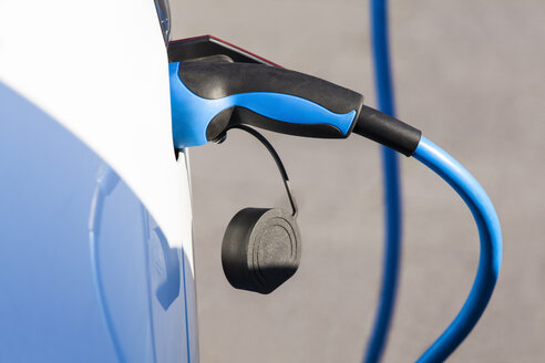Charging of an electric car - WDF03989