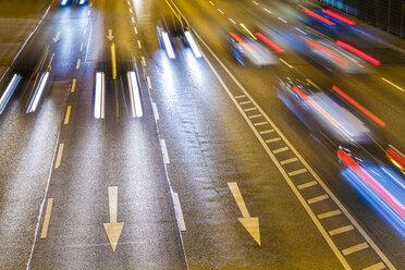 Traffic on Federal road by night - WDF04004