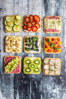 Various garnished sandwiches - SARF03302
