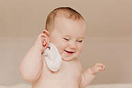 Portrait of smiling baby girl - NMSF00065