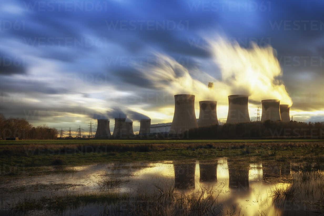 UK, England, North Yorkshire, Drax power station - SMAF00734 - Scott Masterton/Westend61