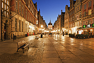 Poland, Gdansk, lighted Long Lane in the old town - ABO00191