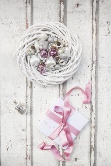 Christmas decoration and Christmas present on wood - LVF06088