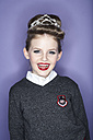 Portrait of laughing girl with red lips wearing hair decoration - FSF00886