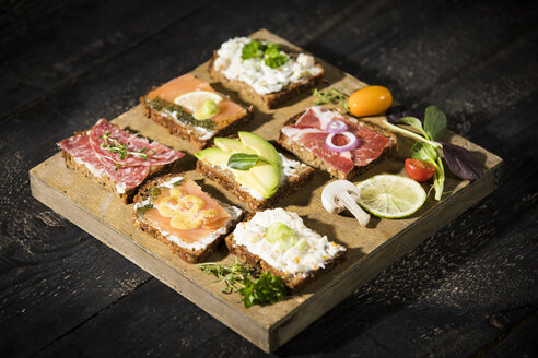 Various garnished sandwiches - MAEF12213