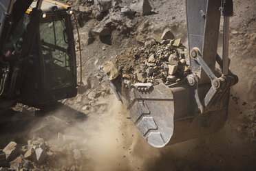 Digger working in quarry, close up - ZEF13769
