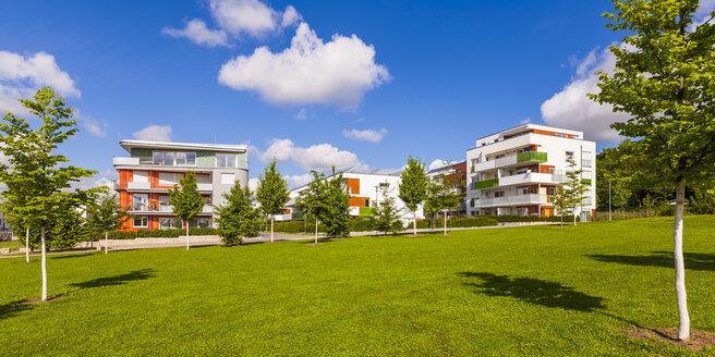 Germany, Waiblingen, solar village Roetepark - WDF04030