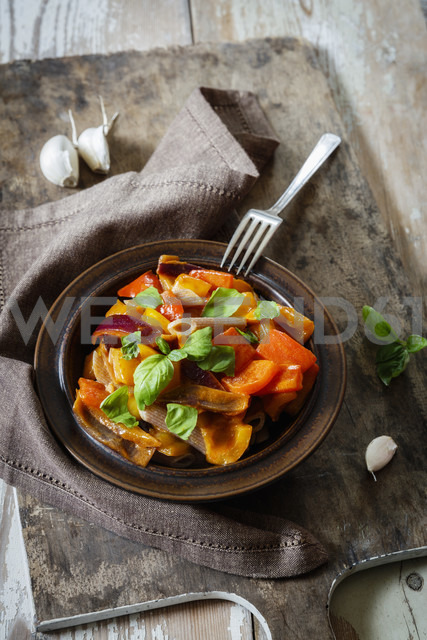 Spelt whole meal whole meal Rigatoni with braised pepper sauce - EVGF03233
