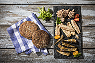 Cold fish platter with tuna, sprats and sardines - MAEF12237