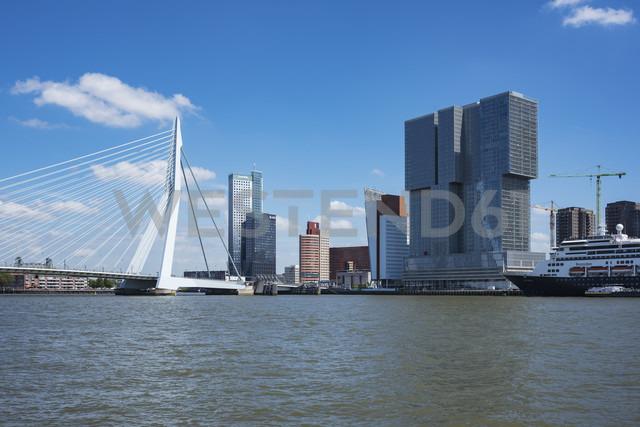 Netherlands, Rotterdam, Meuse river with Pier Wilhelminakade and Erasmusbrug - EL01856