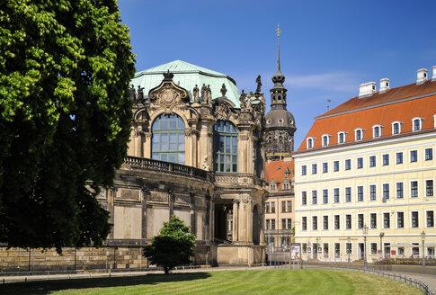 Germany, Dresden, Zwinger, Glockenspiel pavilion, Hausmannsturm and Taschenbergpalais - BTF00486