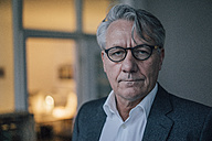 Portrait of serious senior businessman - GUSF00043
