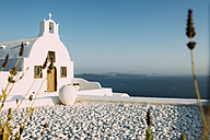Greece, Santorini, Oia, Byzantine Orthodox church over the sea - GEMF01725