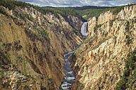 USA, Wyoming, Yellowstone National Park, Grand Canyon with Lower Yellowstone Falls - EPF00447