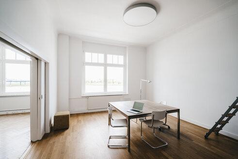 Modern office interior - KNSF01770