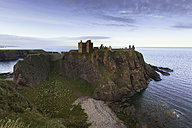 UK, Scotland, Stonehaven, Dunnottar Castle - FCF01215