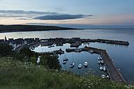 UK, Scotland, Stonehaven, harbor at twilight - FCF01218