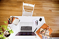 Home office, top view - HAPF01898
