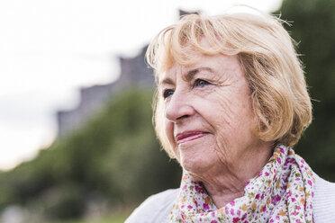 Portrait of blond senior woman - UUF11373
