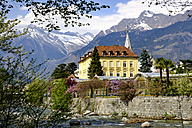 Italy, South Tyrol, Meran, view to Passerpromenade with Texel group in the background - LBF01627