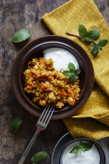 Cooked red lentils with vegetables and natural yoghurt with mint - EVGF03264