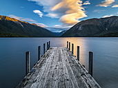 New Zealand, South Island, Saint Arnaud, sunset at Lake Rotoiti - STSF01295