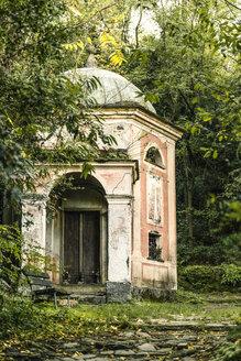 Italy, Liguria, Cinque Terre, Monterosso, rotunda at Santuario Nostra Signora di Soviore - CSTF01374