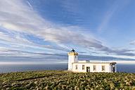 UK, Scotland, Caithness, Duncansby Head, Duncansby Head Lighthouse - FOF09295