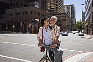Mature couple meeting in the city - WESTF23511