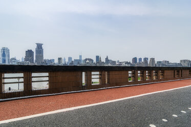 China, Shanghai, skyline of 'The Bund' - THAF01970