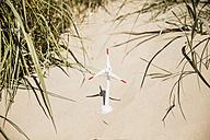 Model wind turbine on the beach in dunes - MOEF00127