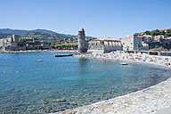 France, Collioure, people on the beach - SKCF00316