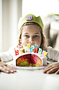 Girl with birthday cake - MOEF00129