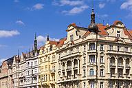 Czech Republic, Prague, row of houses at Vltlava riverbank - WDF04089