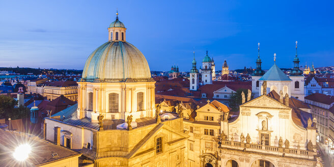 Czech Republic, Prague, cityscape with Church of St Francis and Salvator Church - WDF04113