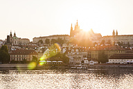 Czech Republic, Prague, Hradcany, Vltlava at sunset - WDF04137