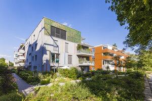 Germany, Tuebingen, passive houses at quater 'Alte Weberei' - WDF04155