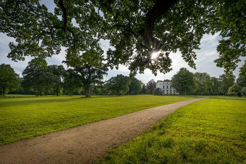 Germany, Hamburg, Klein Flottbek, Jenischpark with Jenisch House - KEB00608
