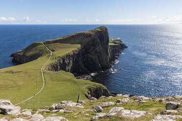UK, Scotland, Inner Hebrides, Isle of Skye, lighthouse at Neist Point - FOF09332