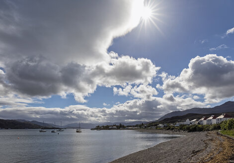UK, Scotland, Inner Hebrides, Isle of Skye, Kyle Akin, Kyleakin - FOF09345