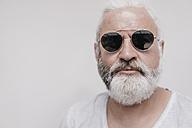 Portrait of mature man wearing sunglasses - JOSF01721